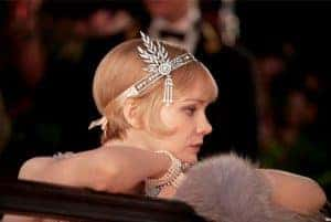 Daisy Buchanan from the Great Gatsby glancing into the distance