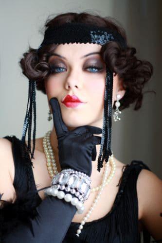 clara bow lips 1920s style